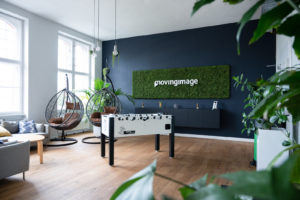 movingimage living room